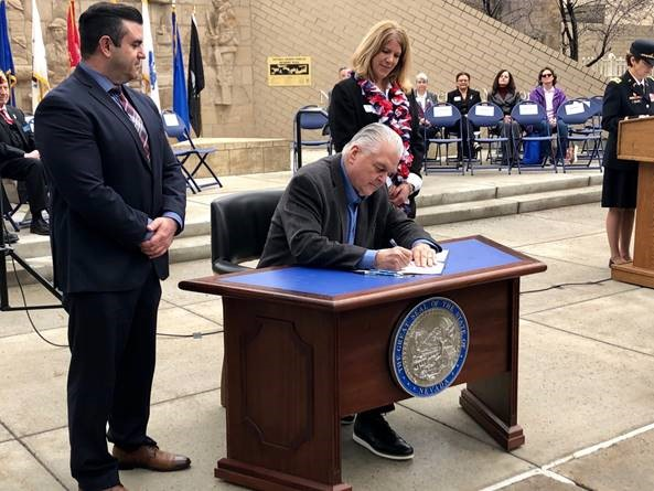 Governor Sisolak Establishes the State of Nevada Veteran Peer Mentor Group by Signing Executive Order 2019-05