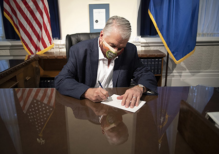 Governor Steve Sisolak Billing Signing